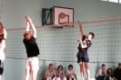 Rozgrywki międzyklasowe w siatkówkę :: obraz 63